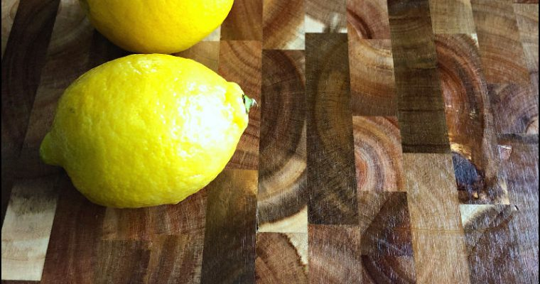 This Gorgeous Acacia Cutting Board: My favorite ALDI find this week!