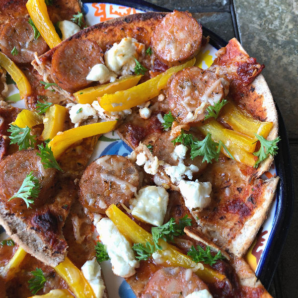 sausage & peppers chipotle flatbread pizza