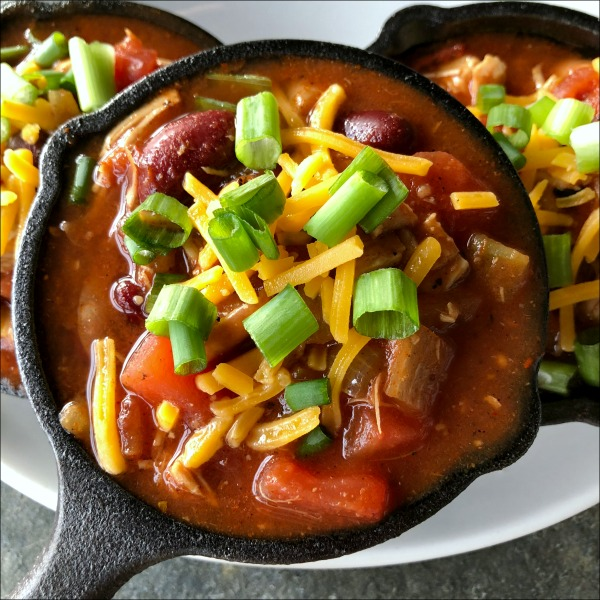 mini cast iron with chili in it