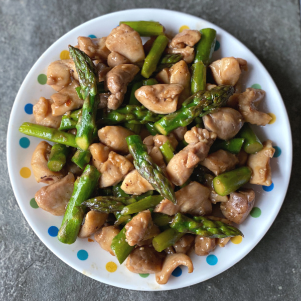chicken thigh stir fry with asparagus