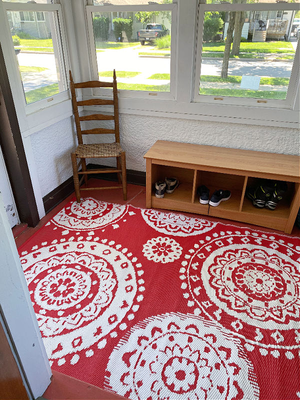 aldi outdoor rug on my front porch