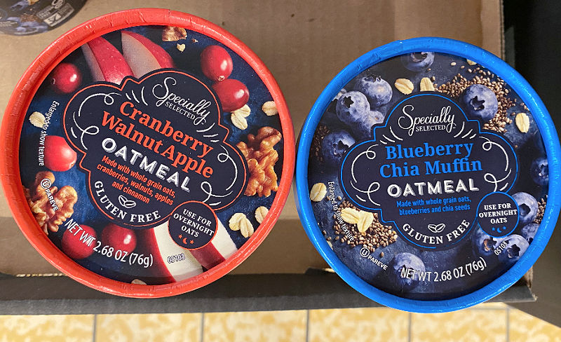 blueberry chia oatmeal cups at aldi